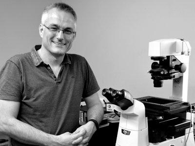 Dr Martyn Reynolds
